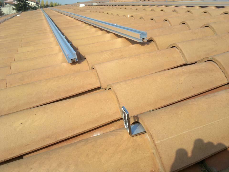 Fissaggio pannelli fotovoltaici senza forare